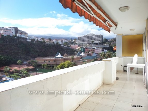 Apartment in Playa Martianez  -  Handsome apartment with big terrace and stunning views in town center!