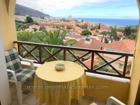 Apartment in Los Potreros  -  Apartment with sea views and communal pool