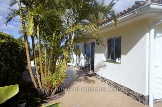 Chalet in Los Naranjos  -  Detached house with covered and heated pool in El Sauzal