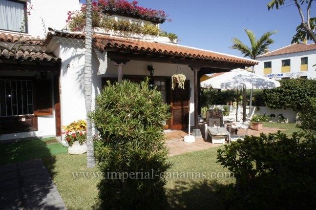 Duplex-chalets in La Paz  -  Spacious semi-detached house with beautiful views in the best area of Puerto de la Cruz