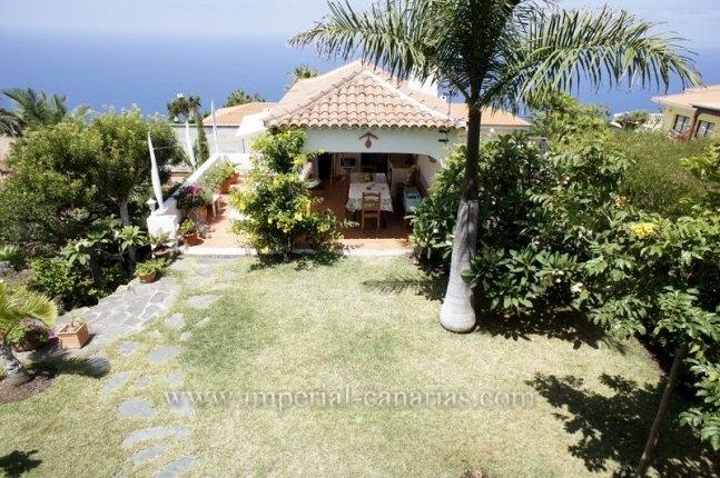 Charmantes Einfamilienhaus mit Gästeapartment und schöner Aussicht in bekannter Wohngegend von Tacoronte.