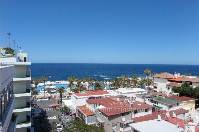 Schöne und geräumige Wohnung mit zwei Schlafzimmern in der Gegend von Martiánes mit spektakulärem Blick auf das Meer.