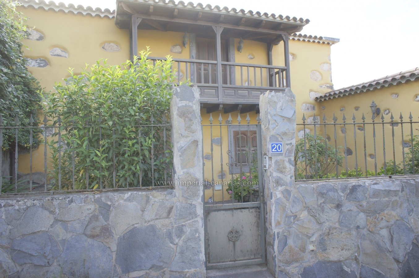 Beautiful antiquiti Canarian house completely renovated in quiet rural area