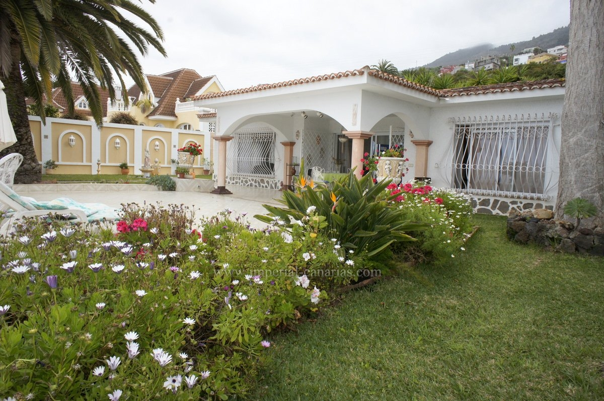House for rent in area Santa Ursula