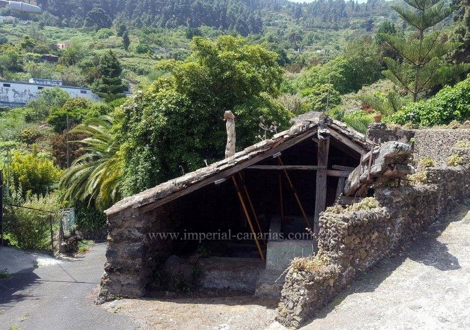 Fantastische Finca mit restauriertem alten kanarischen Haus in Icod de los Vinos
