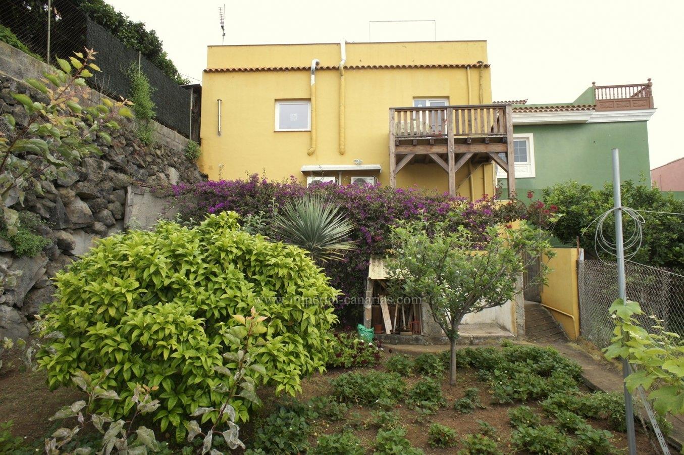Gemütliches Einfamilienhaus mit Obstgarten und tollem Blick. Auch für Ferienvermietung geeignet!