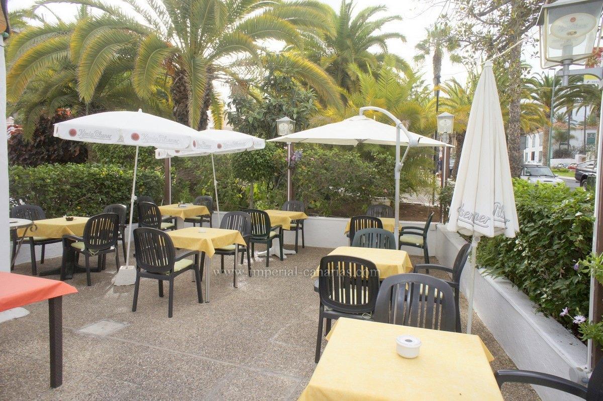 amplio Restaurante en la zona de La Paz en Puerto de la Cruz con Terraza grande