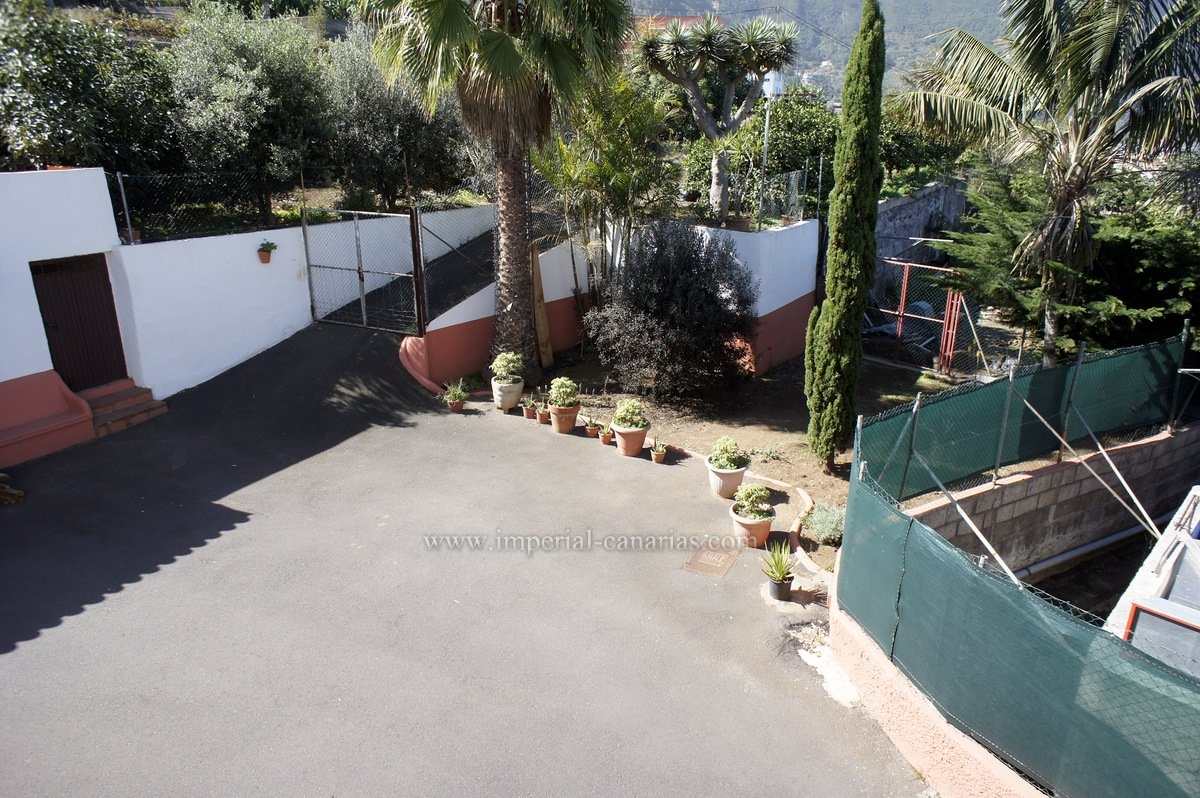 Spacious apartment for rent near Los Realejos