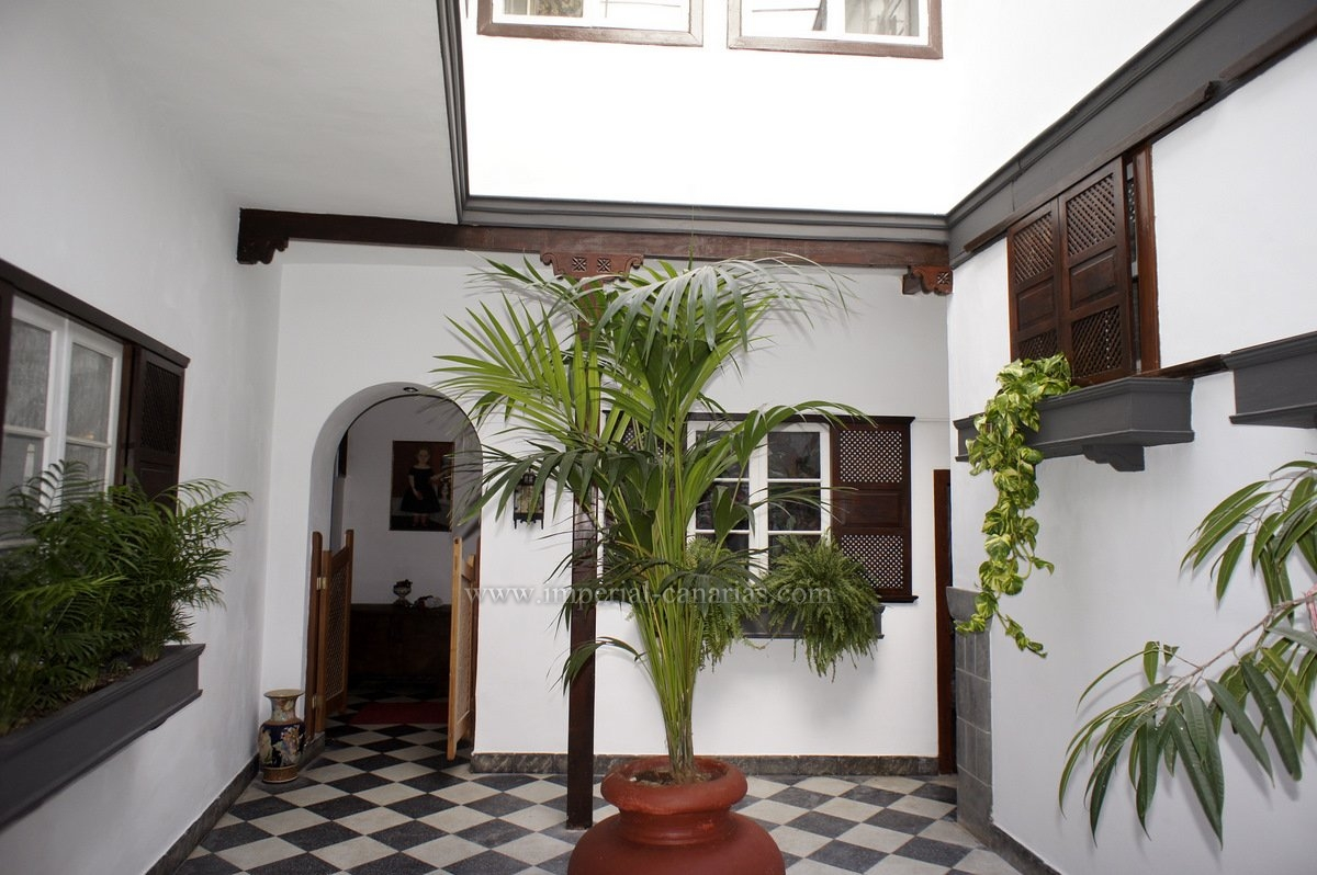 Fantastic historic mansion of the 18th century in the heart of La Orotava