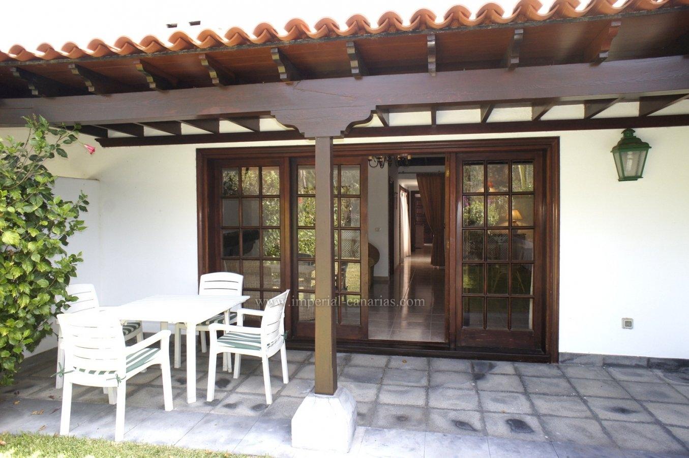 Espléndido bungalow con jardín privado en La Paz!