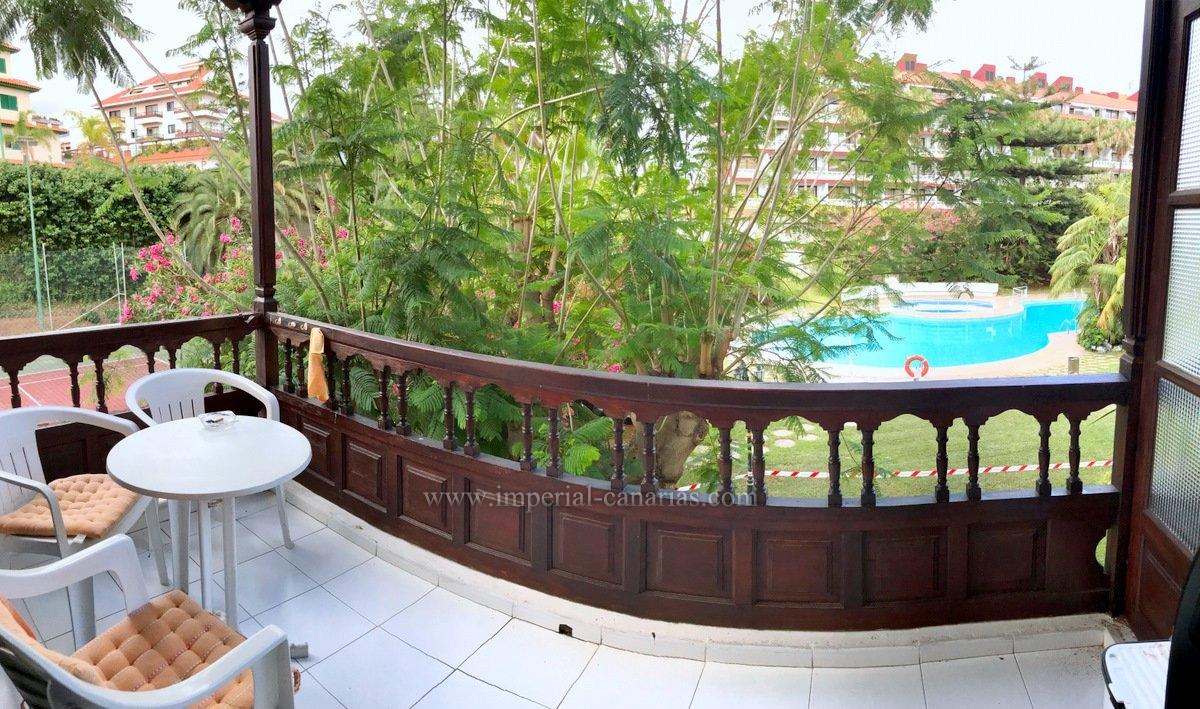 Amplio estudio en La Paz con piscina y cancha de tenis