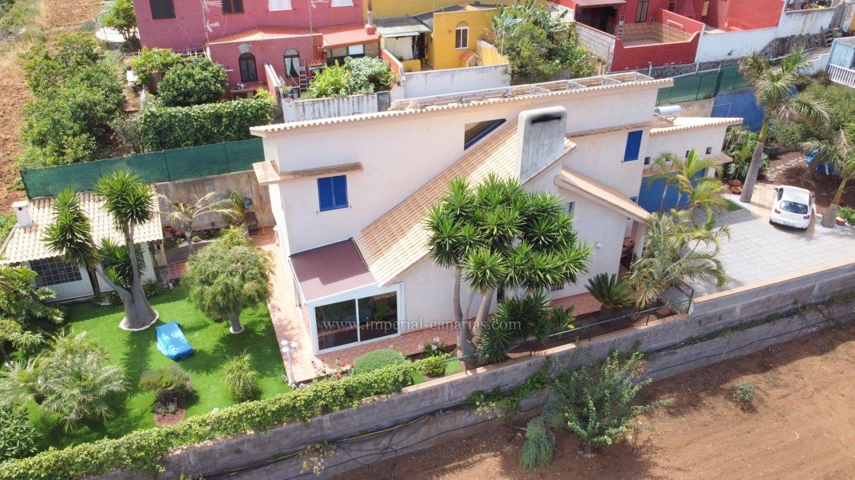 Gelegenheit!! Sehr schönes modernes Haus in La Matanza.