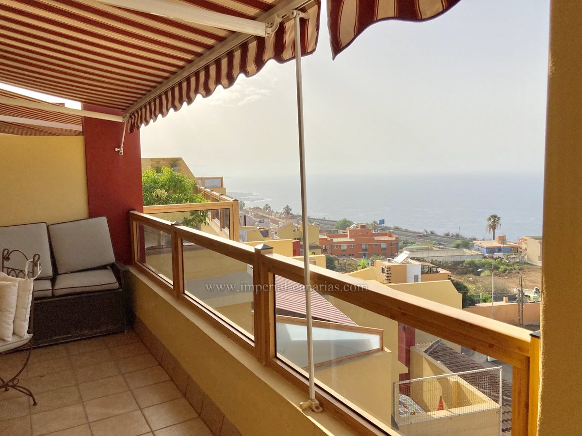Great duplex penthouse in Santa Ursula.