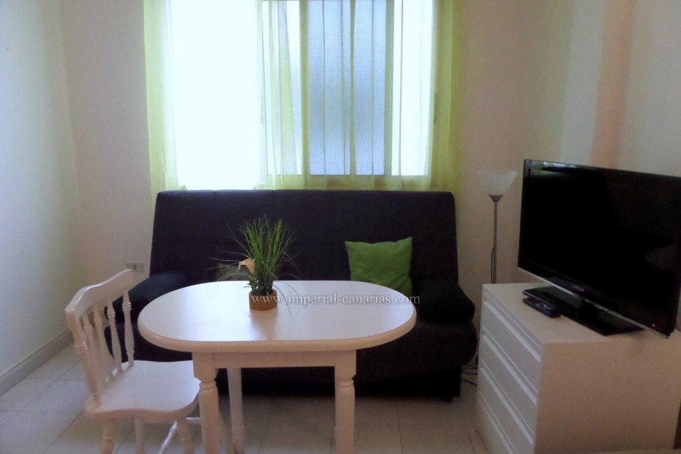 Comfortable and equipped studio for rent in the heart of Pto. De La Cruz.