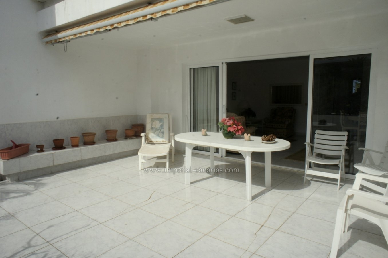 Splendid apartment in La Paz with huge terrace and nice views!