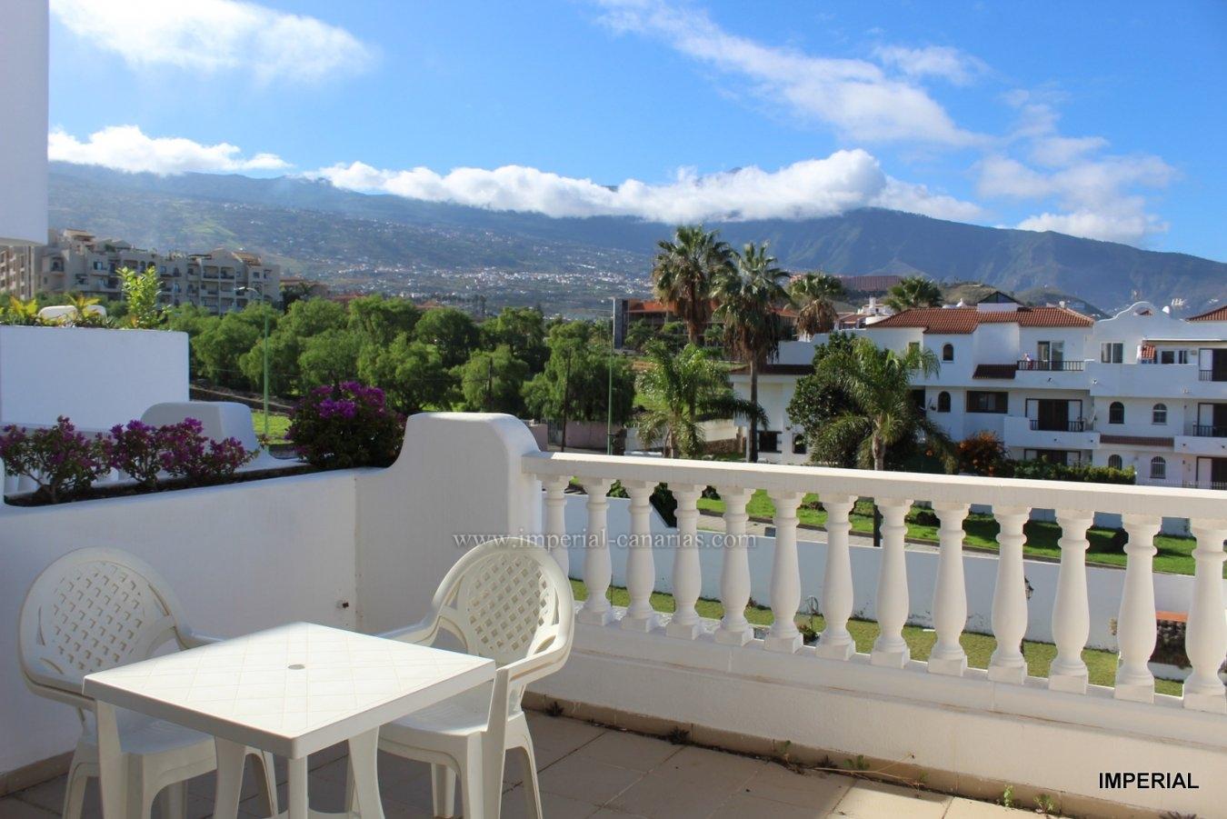 Wenn Sie einen schönen Blick auf den Teide und das Meer von einer grossen Terrasse aus genießen wollen ..... dann ist diese Ihre Wohnung!!!