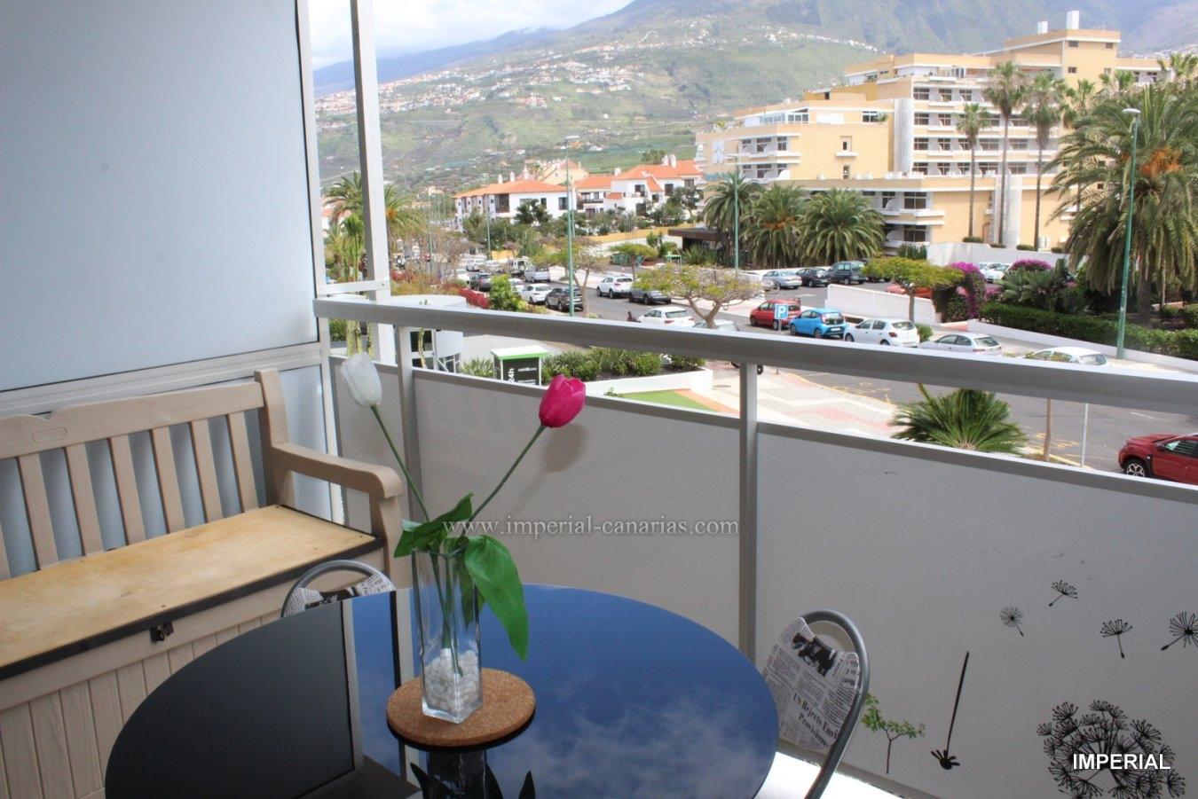 Genießen Sie dieses schöne und sehr komplette Studio im Interpalace Hotel mit Gemeinschaftspool und Gärten und Blick auf die Berge.