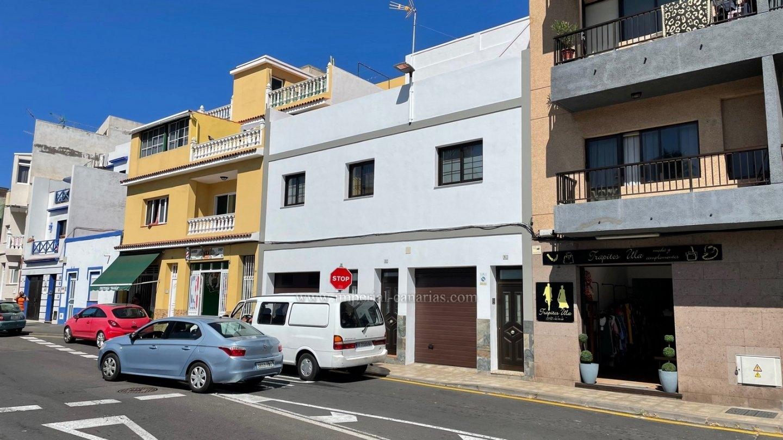 Groszügiges, möbliertes Apartment mit privatem Patio direkt gegenüber vom Loropark