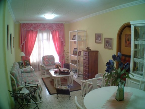 Flat in San Agustin  -  Spacious and comfortable apartment, in a central area of San Agustin.