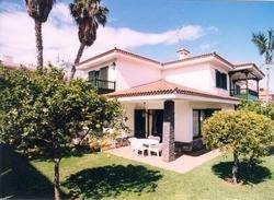 Einfamilienhaus in La Paz  -  Schöne Villa im Zentrum von La Paz