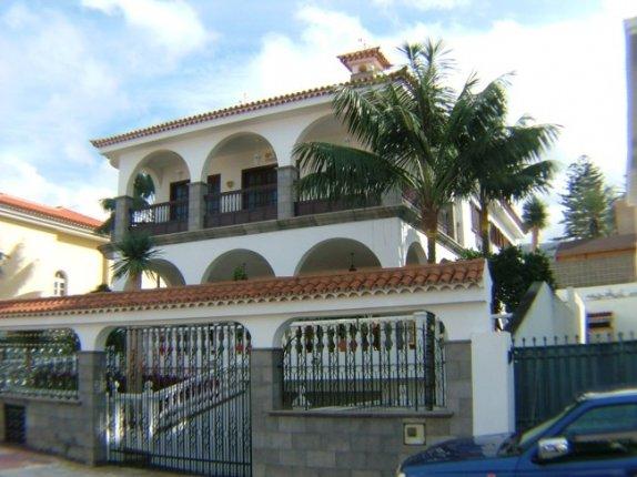 Einfamilienhaus in Casa Azul  -  Grosszügige Villa in ruhiger aber zentraler Lage.