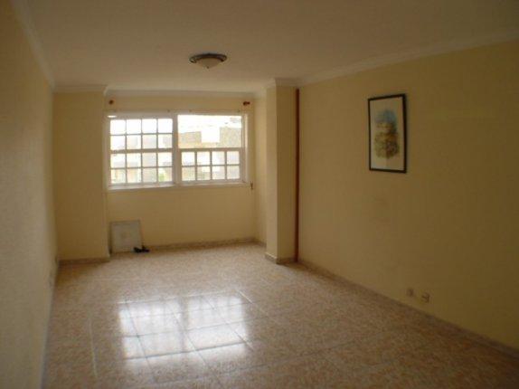 Wohnung in centro  -  Sehr grossz�gige 4-Zimmer Wohnung in der Einkaufsstrasse von La Orotava.