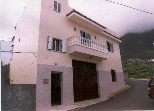 Kanarisches Haus in Los Realejos  -  Grosszügiges Haus auf 2 Ebenen mit grosser Dachterrasse und schönem Blick