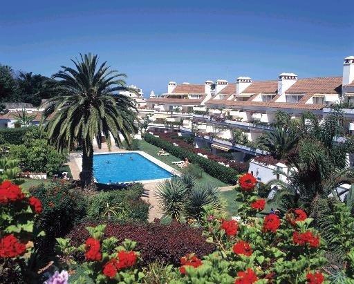 Appartement in La Paz  -  Urlaubsvermietung Appartment mit tropischen Gärten und beheitzter Pool