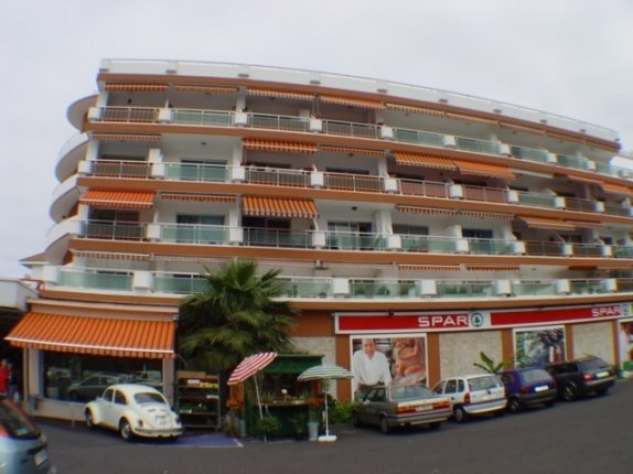 Studio in La  Paz  -  Renoviertes Studio zur Miete in bevorzugten Lage in Puerto komplett möbliert.
