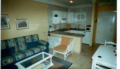 Appartement in Puerto de la Cruz  -  Sehr gute Lage, erste Strandreihe, 3 Schwimmbäder, 2 Tennisplätze, Rezeption