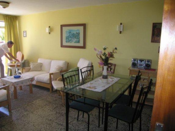 Appartement in San Fernando  -  Apartment in ruhiger Lage von Puerto mit Gemeinschaftspool, m�bliert.