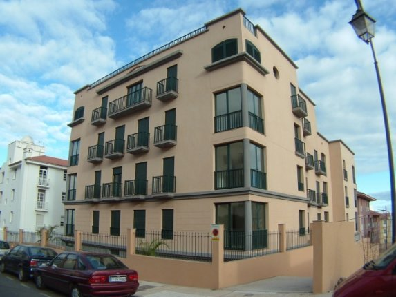 Wohnung in Mayorazgo  -  Gro�z�gige Wohnung in Verkehrsg�nstiger Lage