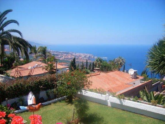 Einfamilienhaus in Santa Ursula  -  Modernes Haus mit fantastischem Panoramablick auf Puerto und das Orotavatal