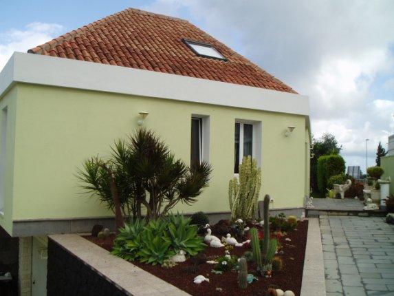 Einfamilienhaus in La Orotava  -  Herrvorragendes Chalet in preveligierter Gegend mit weitläufiger Aussenanlage.