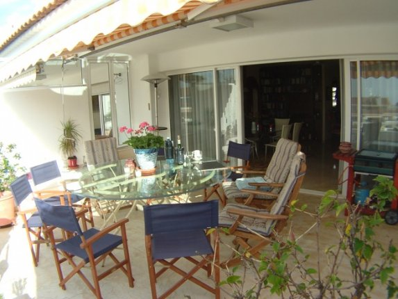 Exclusive property with nice views, near the famous botanic garden.