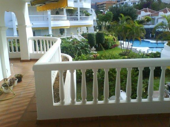 Appartement in La Paz  -  Luxuriöses Appartement in exklusiver Anlage mit tropischen Gärten und Pool