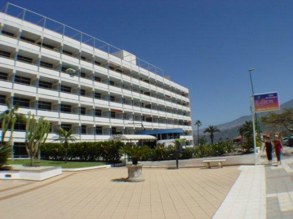 Studio in La  Paz  -  Schönes Studio in Hotel-Komplex mit vielen Service-Angeboten zu vermieten, mit überdachtem und offenem Pool