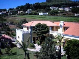 Cottage in La Esperanza  -  Beautifull house with 4 apartments