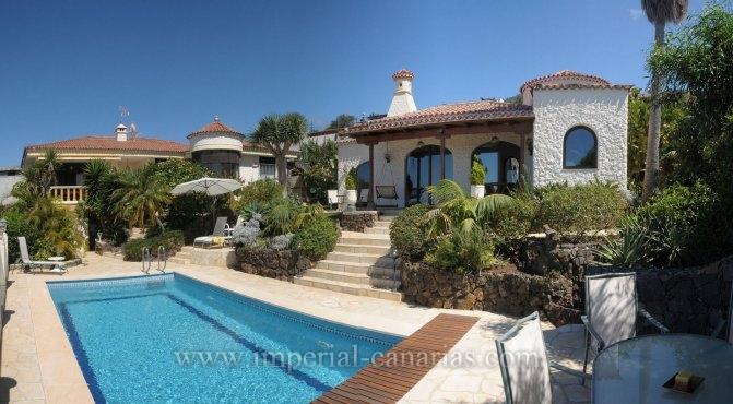 Einfamilienhaus in Santa Ursula  -  Gelegenheit!!, 2 Häuser zum Preis von einem!