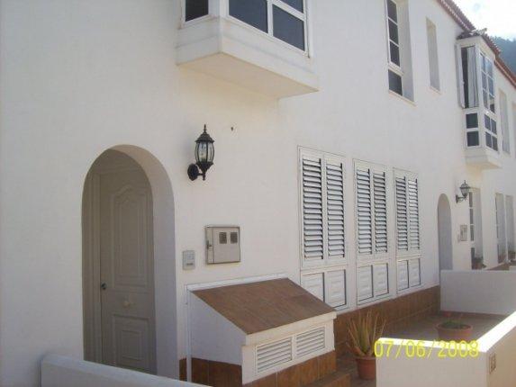 Semi-detached-house in La Orotava  -  Terraced house just 5 minutes to the centre of La Orotava, quiet area.