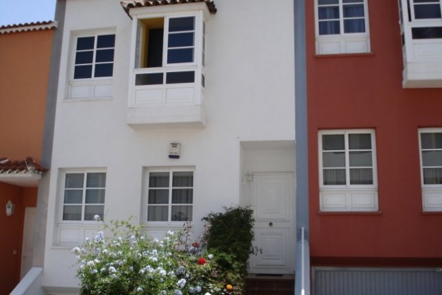 Semi-detached-house in Quiquira  -  Beautiful terraced house in quiet area of La Orotava.