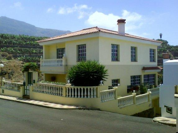Einfamilienhaus in Los Realejos  -  Grosses und komfortables Haus an der Küste mit traumhaftem Meerblick