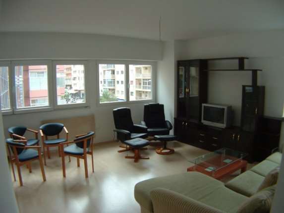 Appartement in centro  -  Moderne, komplett neue Wohnung in Res. Martina, 50 meter vom Martianez Strand.