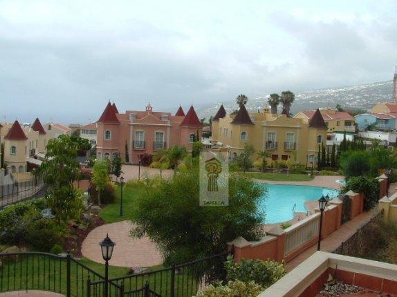 Wohnung in La Quinta  -  Grosse Wohnung in bevorzugter Wohnlage von Santa Ursula in schöner Anlage