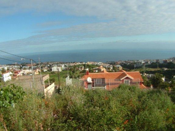 Fantastisches Bau Grundstück in Santa Usrula mit einmaligem Panoramablick.