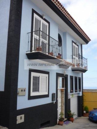 Einfamilienhaus in La Matanza  -  Großzügiges kanarisches Haus mit schönem Blick auf das Meer
