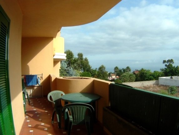 Apartment in La Quinta  -  Modern appartment in a nice complex with pool and big gardens. Well locate