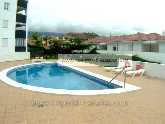 Appartement in Jardines de la Quintana  -  Appartement in ruhiger Lage von Puerto de la Cruz in schöner Anlage mit Pool.