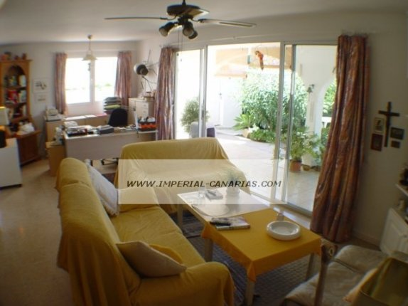 Chalet in La Quinta  -  In the well known residential area of La Quinta with many posibilities.