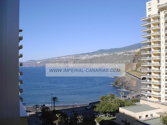 Studio in centro  -  Large studio, completely refurbished and furnished in central area of the town